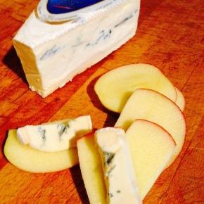 Cheese & apple snackeroo…
